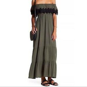 ROMEO + JULIET, Olive Maxi Dress